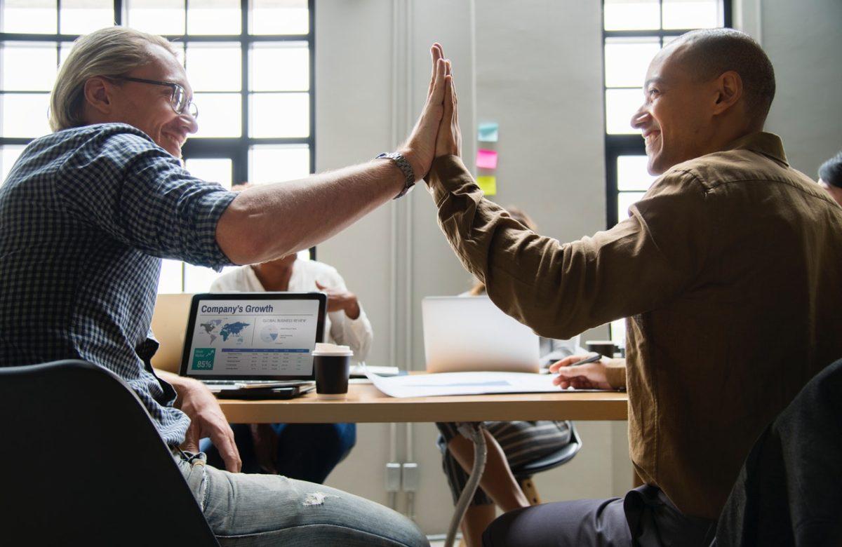 職場での孤立を改善する対策と提案