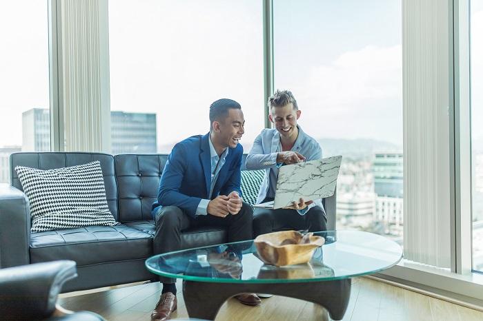 上司との付き合い方が上手い人は、信用と仕事力が重要