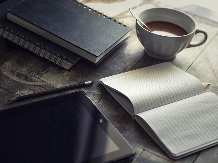 【初心者向け】ブログの専門性が高くなくても記事を書くべき!【有益性高】