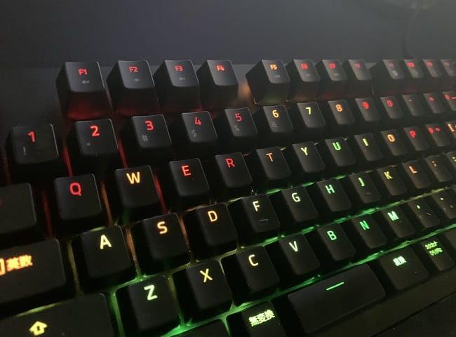 Razer huntsmanのスペック ⑦:RGBライティング