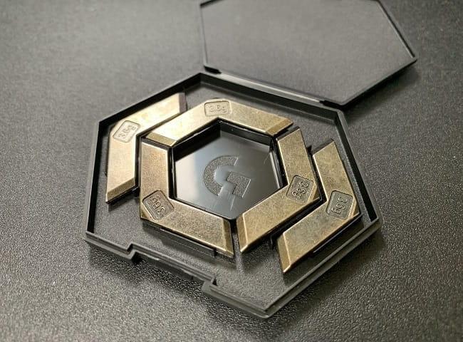 G502 HEROのデメリット②:ウェイトブロックが金属臭い