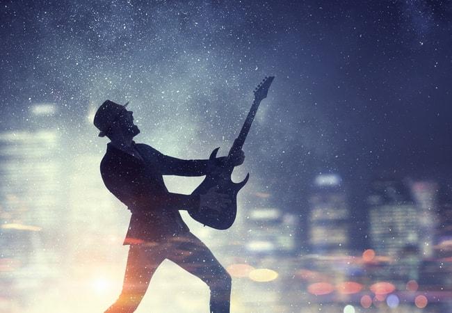 エレキギターの音作りは周囲の音に合わせるのがベスト